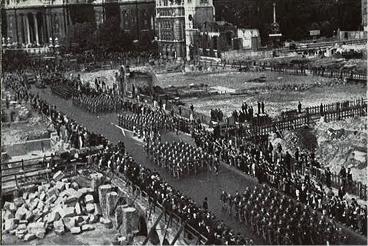 London 1942